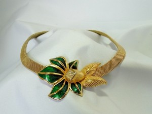 Christian Dior green flower groene bloem vintage mesh necklace collier ketting designer costume jewelry hig class 1.JPG