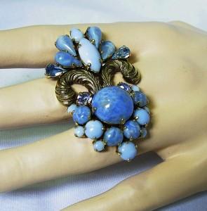 Christian Dior 1964 brooch broche barok baroque blue glasstone vintage designer haute couture 8.JPG