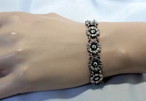 Oude Old vintage 830 zilveren silver madeliefjes Daisy bracelet armband uit Denemarken Denmark Jugendstil Skonvirke Antieke Antique Scandinavian 1.JPG