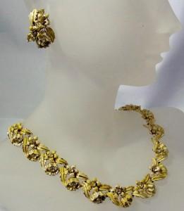 Coro vintage necklace set clip earrings oorbellen collier ketting sieraden set costume jewelry Amerika America 1950s 1960s 50er 60er jaren 3.JPG
