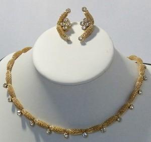 4fcb6c3ee4c7d_vintage mesh necklace set C.JPG
