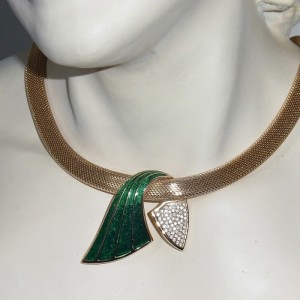 Christian Dior vintage designer necklace collier ketting green enamel groen emaille goldtone goudkleurig haute couture 1980s 80er jaren 1.JPG