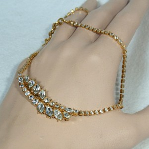 Monet vintage desigber necklace collier ketting met strass crystals goldtone goudkleurig American Amerikaans 1960s 1970s 70er jaren 60er 6.JPG