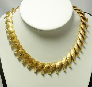kramer vintage costume modernist brushed goltone necklace a.JPG