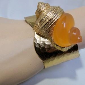 Christian Dior Paris Dune Parfums vintage designer statement cuff bracelet shell spang armband slakenhuis schelp 1987 Robert Goosens 1.JPG