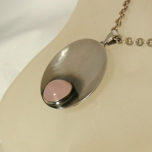 Niels Erik From NEFROM Denmark Denemarken vintage modernist pendant necklace hanger ketting designer Scandinavian 6.JPG
