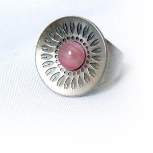 Jorgen Jensen Denemarken Denmark modernist pewter modernistische 60er jaren tinnen adjustable verstelbare ring met blauwe steen, no. 230 2.JPG