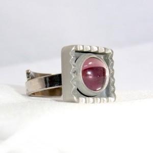 Jorgen Jensen Denemarken Denmark modernist pewter modernistische 60er jaren tinnen adjustable verstelbare ring met rose steen, no. 60  1.JPG