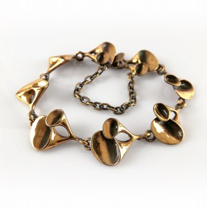 Hannu Ikonen Finland Bronze bronzen schakel armband link bracelet rendiermos reindeermoss designer modernist Scandinavian Finnish vintage 2.jpg