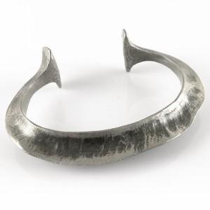 Eivind Hillestad Norway Norwegen modernist brutalist vintage designer bracelet cuff armband spang pewter tin model 80 3.jpg