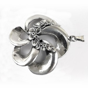 Hannu Ikonen Finland 925 sterling silver zilveren reindeer moss rendier mos hanger pendant Valo Koru modernist vintage designer Scandinavian 4.jpg