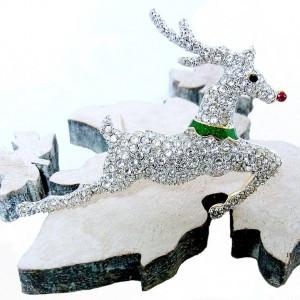 Franklin Mint Jewels of Christmas Reindeer pin brooch Kenneth Jay Lane 1997 vintage Kerst broche rendier 6.jpg