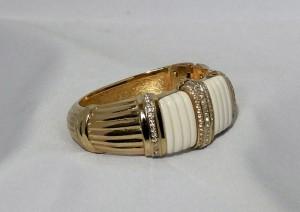 Christian Dior vintage designer bracelet bangle armband gold tone goudkleurig b.JPG
