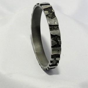 Mid Century 1970s Modernist Brutalist Designer Pewter Tin Robert Larin Bangle Bracelet armband c.JPG