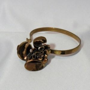 Modernist Vintage Hannu Ikonen Finland brass bronzen brons designer bracelet armband reindeermoss bekertjesmos rendiemos a.JPG