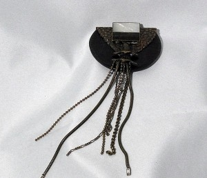 Big Ermani Bulatti brass designer brooch with long dangles from the eighties 1JPG.JPG