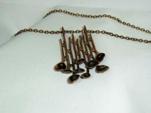 Hannu Ikonen Finland designer vintage modernist necklace ketting hanger pendant reindeer moss rendier mos bekertjes mos bronze brons bronzen a.JPG