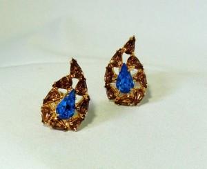 Vintage Made in England clip earrings oorbellen blue brown costume jewelry mid century blauw bruin jaren 50 60 50er 50er fifties sixties 1950s 1960s 1.JPG