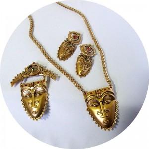 Avon 1992 Tribal Mask necklace earrings brooch pentant Afrikaanse ketting hanger oorbellen broche designer vintage costume set 4.JPG