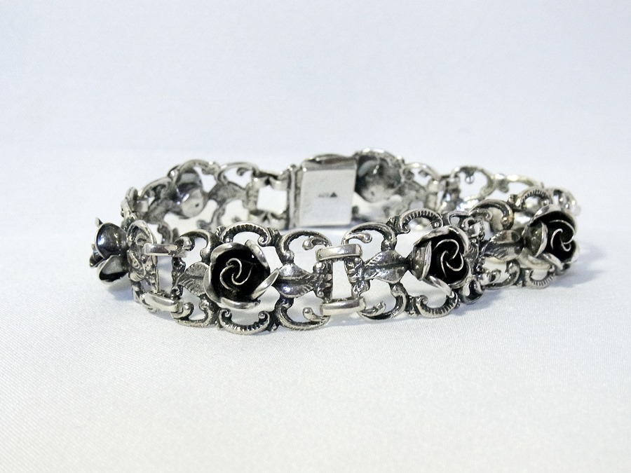 Category Page Theodor Klotz Sieraden