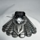 Ermani Bulatti grote vintage zilverkleurige designer broche uit de eerste series.